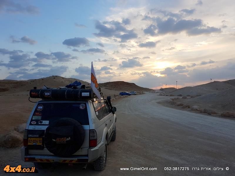 חוצה ישראל לג'יפונים - פסח 2017