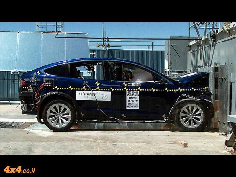 טסלה X הוא רכב הפנאי הבטוח ביותר בעולם