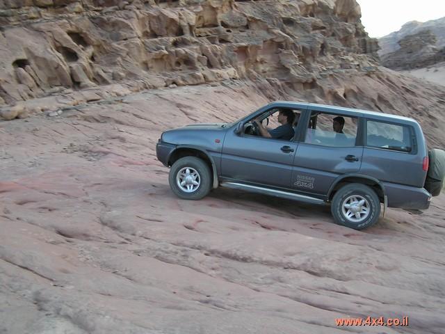 ניסאן Nissan טראנו  אוטומט - ארוך