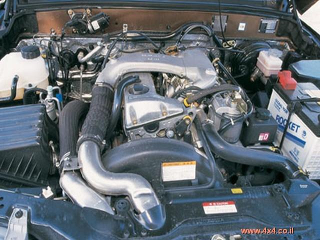 המוסו טנדר מצויד במנוע מרצדס