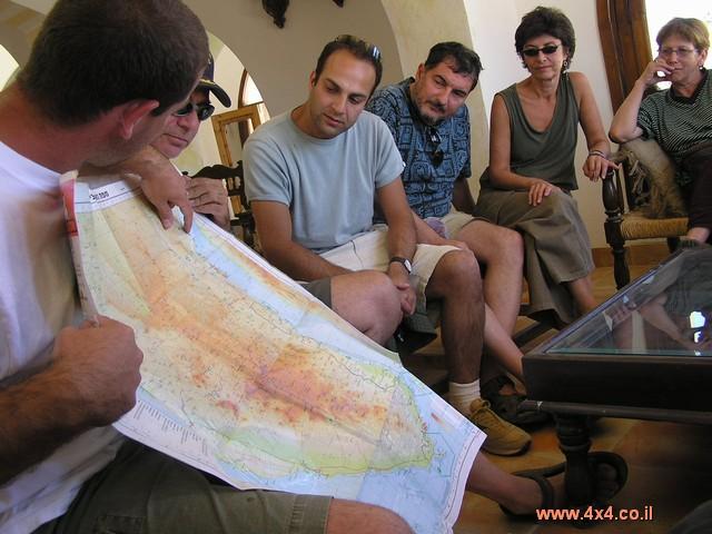 העזר הבסיסי ביותר לניווט הוא המפה,