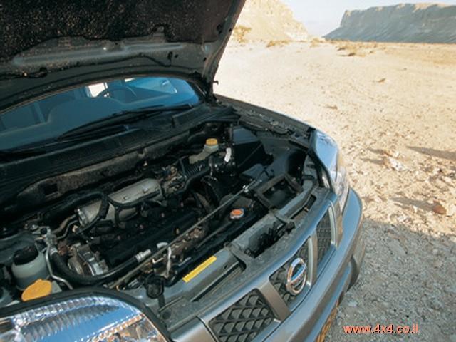 המנוע בנפח 2.5 ליטר מפיק 165 כ''ס ב-6000 סל''ד ו-23.4 קג''מ ב-4000 סיבובים.