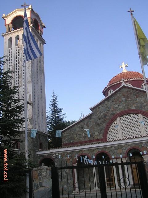 מנזרים וכנסיות
