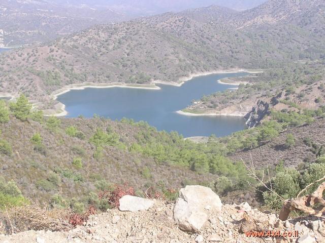 סכרים ומאגרי מים