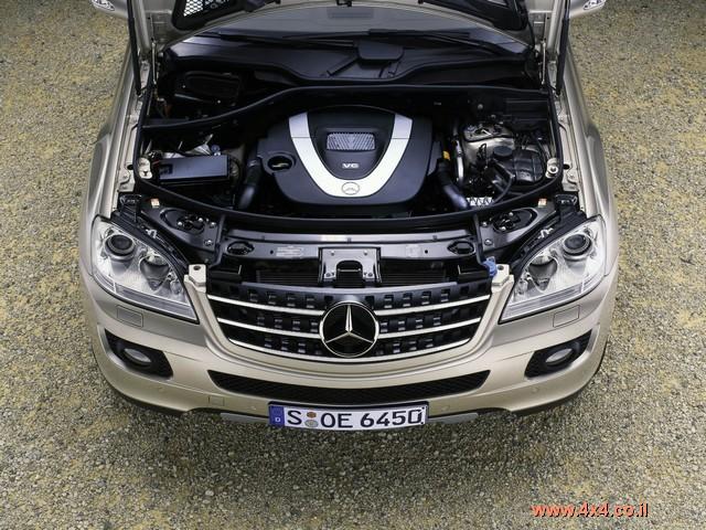 מערכת ההנעה מחודשת אף היא ומציגה שלושה מנועים חדשים