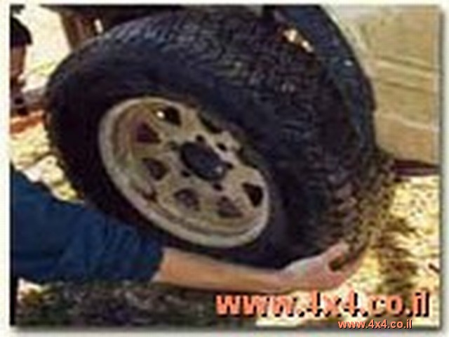 3. לרכב בעל הנעה קבועה לארבעת הגלגלים - יש להחליף את 4 צמיגים יחד