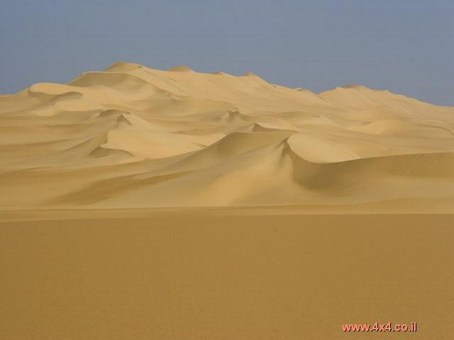 תמונות מהמסע לחציית ים החולות הגדול של מדבר הסהרה - מדבר מערבי - מצרים, אפריל 2006 .