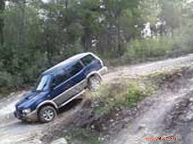 ניסאן Nissan טראנו אוטומטי ארוך מודל 2001