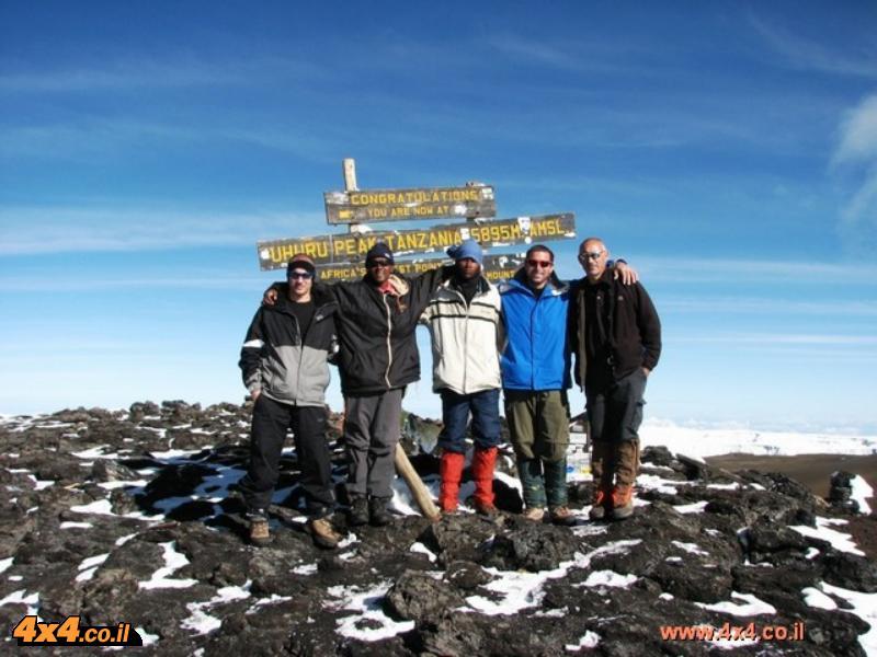 קילימנג'רו: 9 ימים טיפוס רגלי להר הגבוה באפריקה
