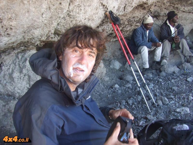 ואז טיפסנו (רק) עד המערה...