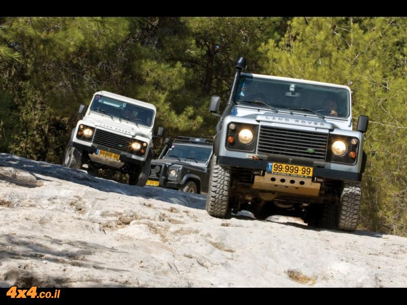 לנד רובר דיפנדר ברבים Land Rover Defender
