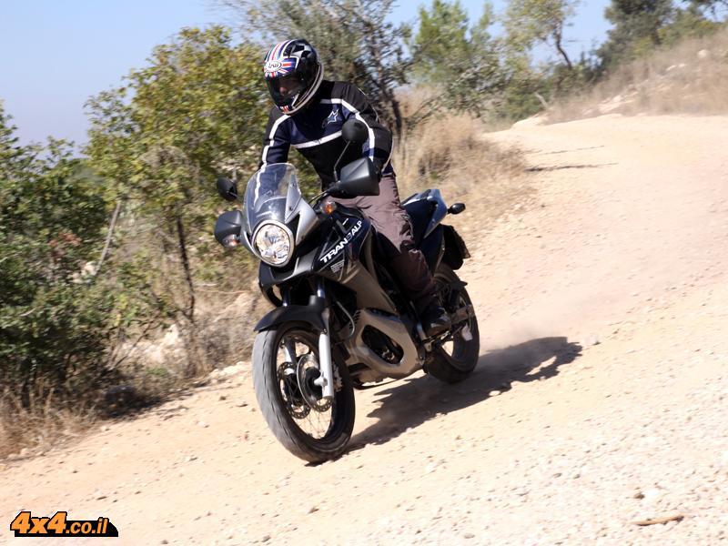הונדה טראנסאלפ 700 Honda Transalp