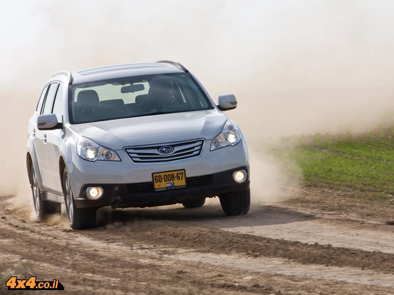 סובארו אאוטבק Subaru Outback R3.6