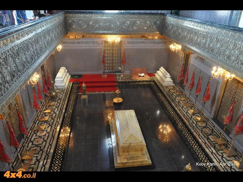 ארמון המלך והמוזיליאום שליד מגדל חסן