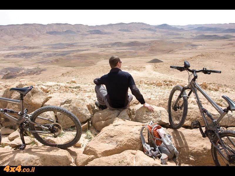 חוצים את רמון - מסלול אופניים