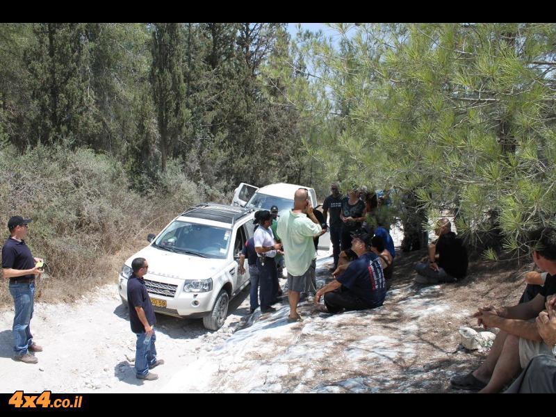 הדרכת נהיגה experience לנד-רובר דיסקברי 4 - 23/7/2010