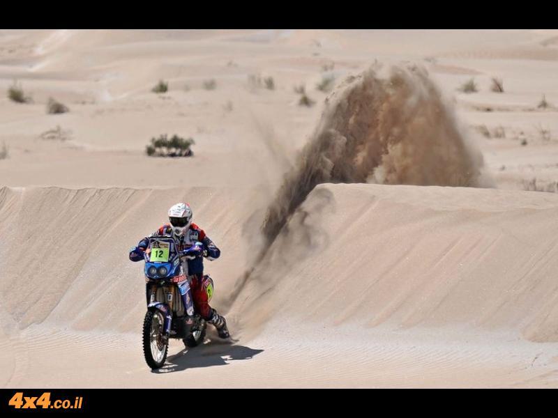 ב.מ.וו בדקאר – גם עם אופנועים