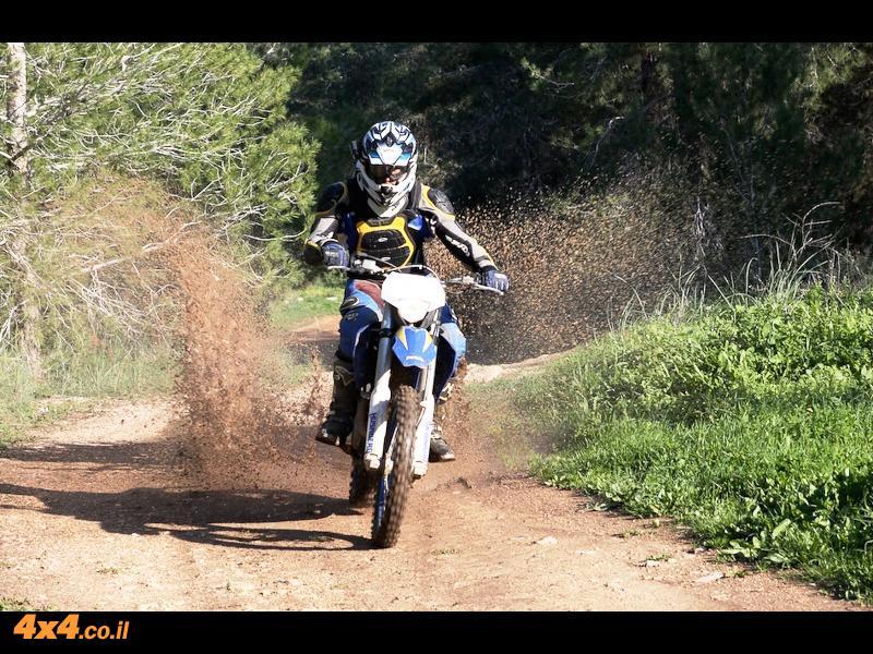 אופנוע במבחן: הוסברג Husaberg FE390