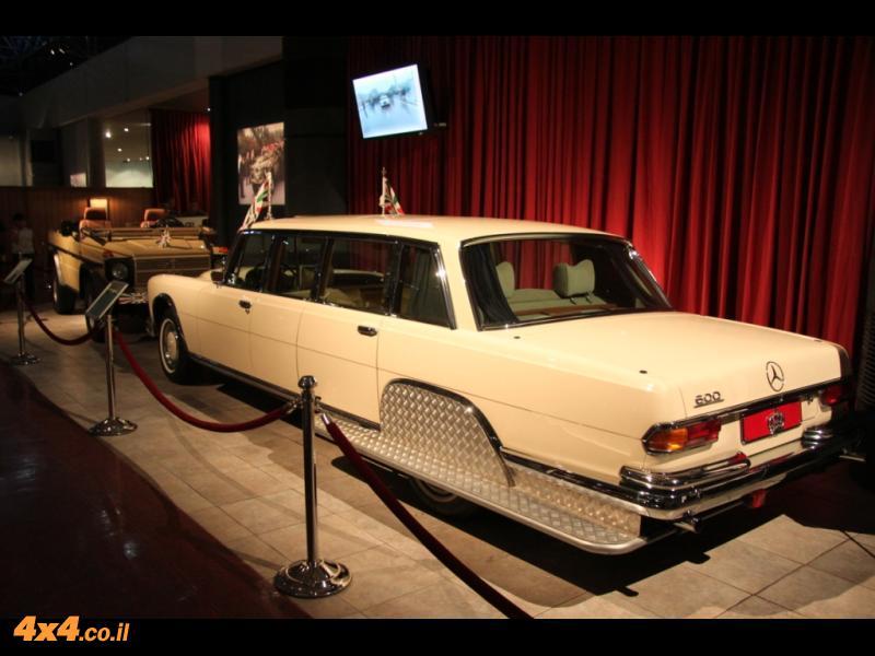 תמונות ממוזיאון המכוניות של המלך חוסיין