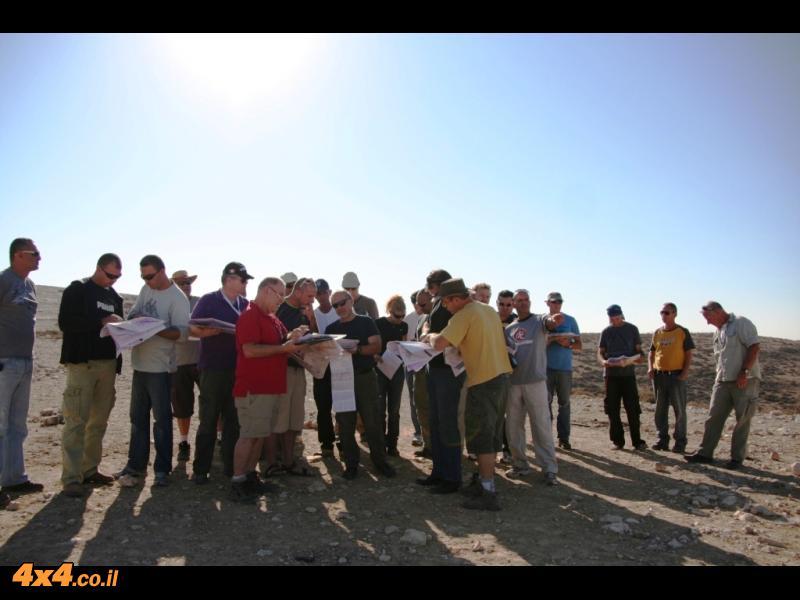 הדרכת ניווט בגבעות גורל - קורס מדריכי ג'יפים