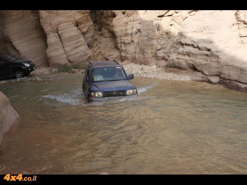 המדבר הדרומי ברכב שטח 4X4 - ירדן דצמבר 2010