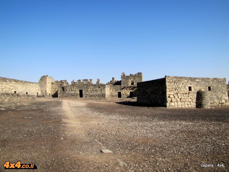 היום השלישי למסע - מתחילים באל אזרק
