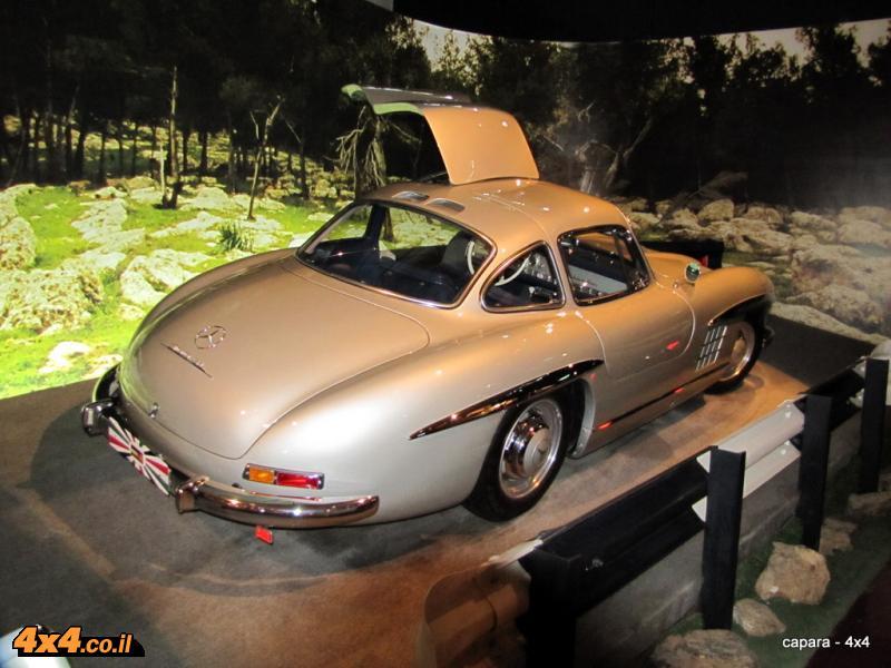 מרצדס במוזיאון המכוניות של המלך חוסיין