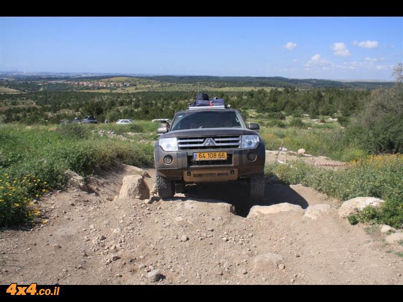 חניון משמר הגבול דרך עמק איילון ליער המלאכים