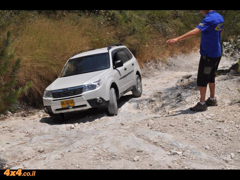 הדרכת נהיגה בשטח טרשי ללקוחות סובארו שטראוס ובנו 24.6.11 - סיכום