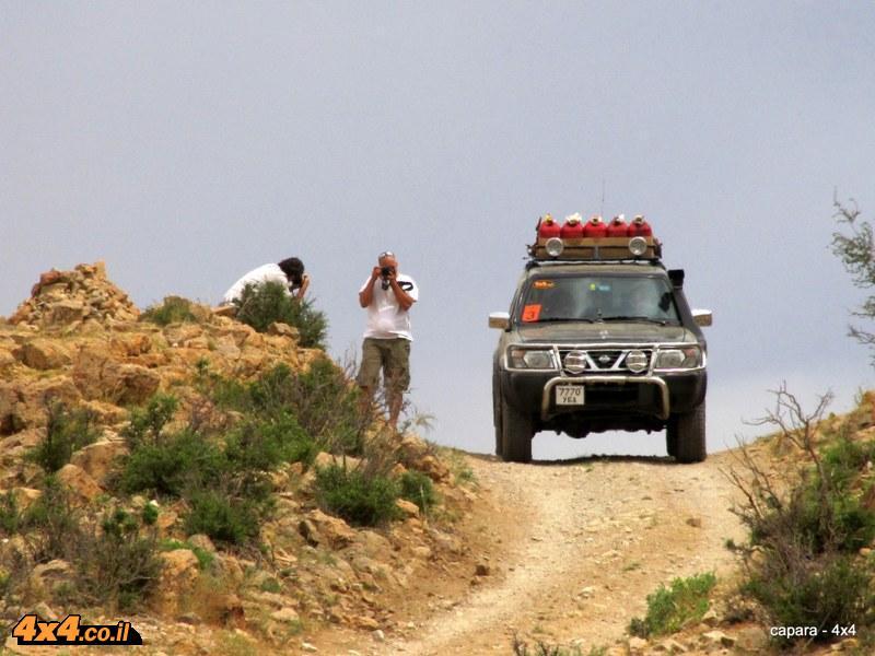 מטפסים למעבר הרים - באגה גאזרין