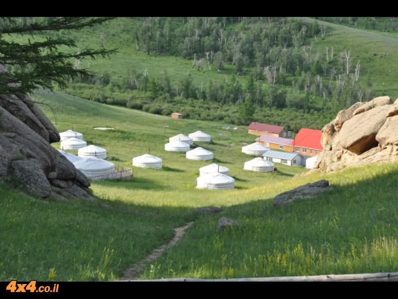 תמונות היום השביעי: מטפסים לחלק ההרי והירוק של מונגוליה