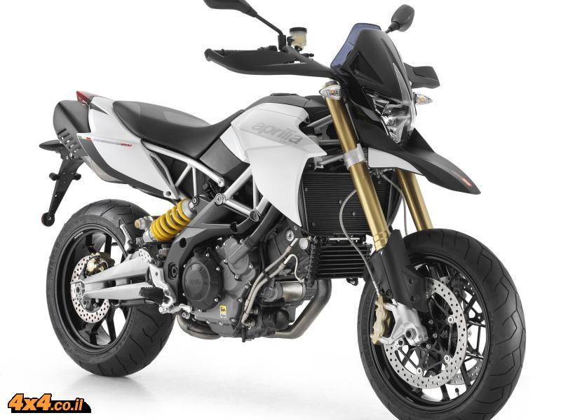 עופר אבניר משיקה את האופנועים החדשים מבית אפריליה וסוזוקי