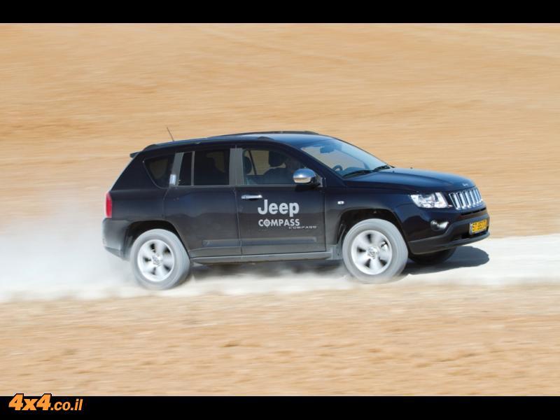 מבחן דרכים: ג'יפ קומפאס - Jeep Compass