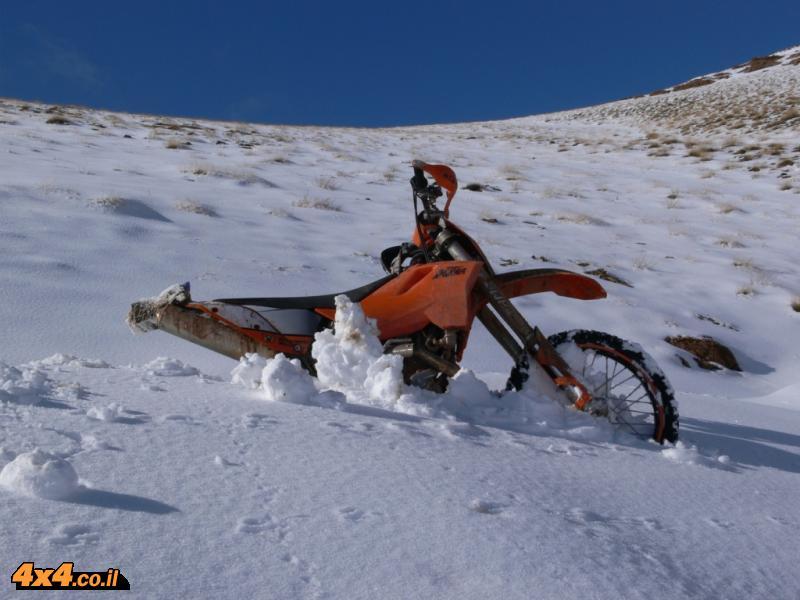 היום השני: קניון הדאדס וקניון הטודרה. יום של שלג בלי עביר שסופו בחושך...