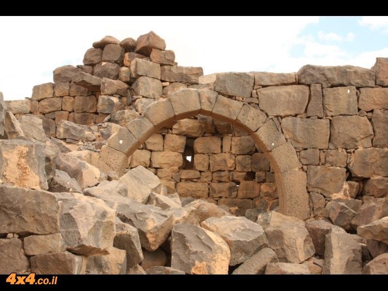 למרגלות גבל דרוז המצודה הכי דרום מזרחית באימפריה הרומית