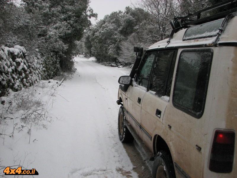 שיירת ג'יפים בשלג של רמת הגולן