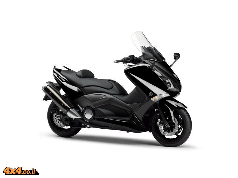 אופנועים: תחרות אינטראקטיבית נושאת פרסים לרוכשים TMAX 530