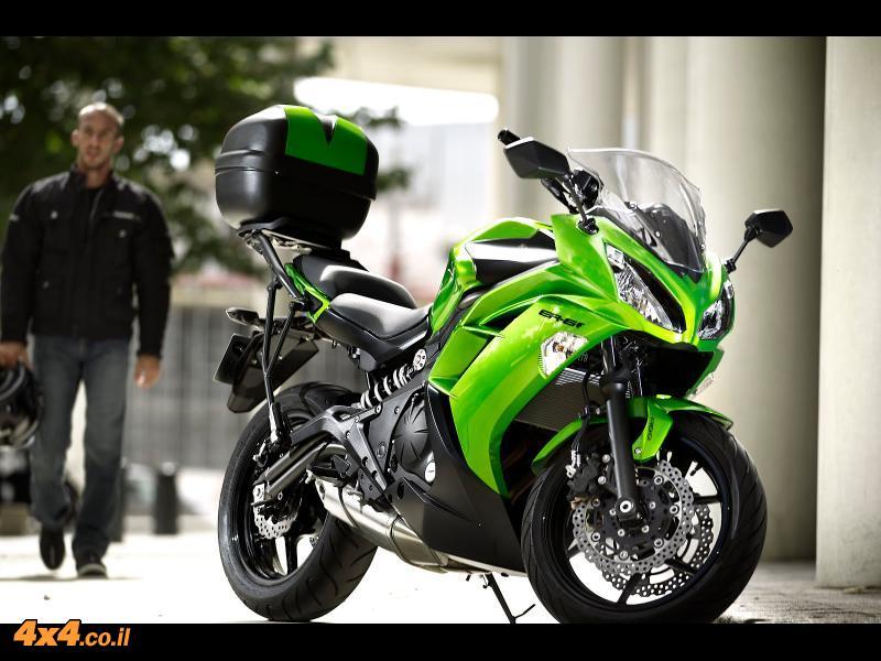 אופנוע קוואסקי New ER6