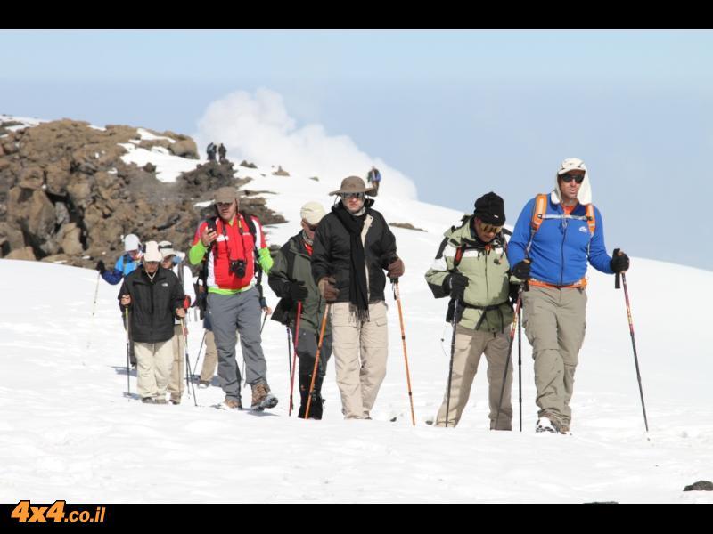 בדרך לפסגה - רק עוד 200 מטרים לפסגה...