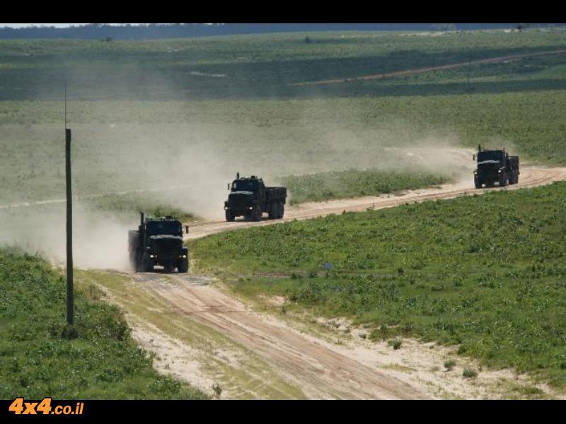 אושקוש מפתחת משאית צבאית ללא נהג