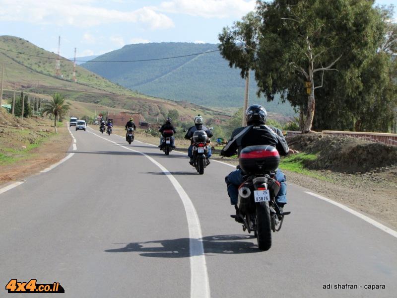רוכבים בהרי אטלס