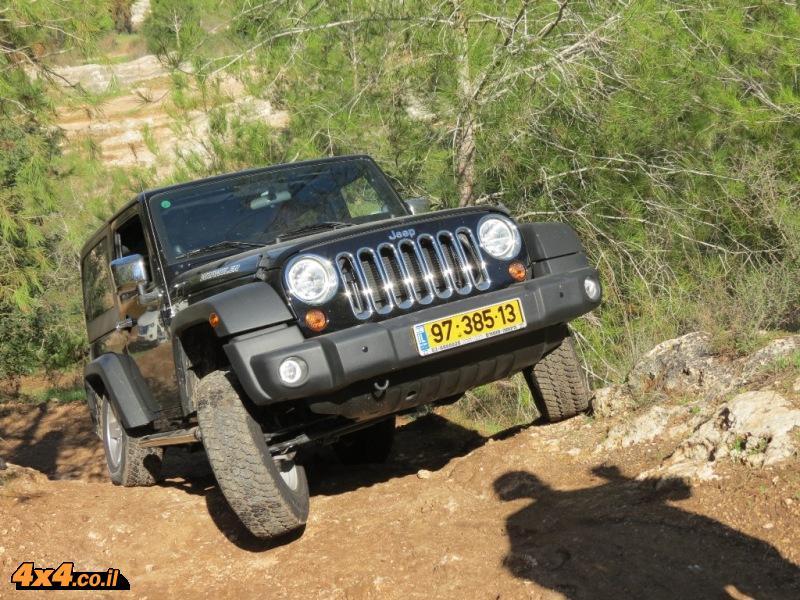 הדרכת נהיגת שטח ללקוחות ג'יפ, יער בן שמן 30.11.2012