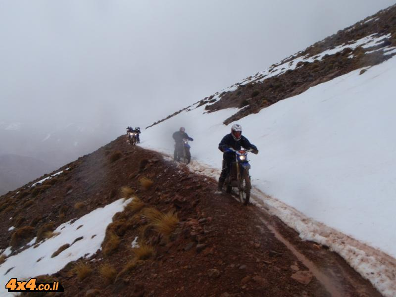 יום שני: שלג במעבר ההרים הגבוה בהרי האטלס