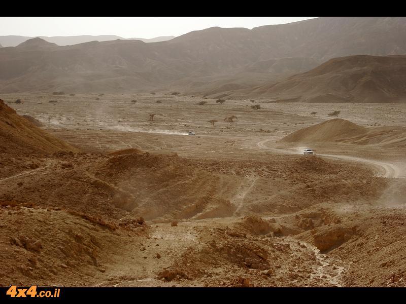 ולסיום סיומת טיול קצר בנחל רחם והנוף המדברי המרהיב בדרך לבאר אורה