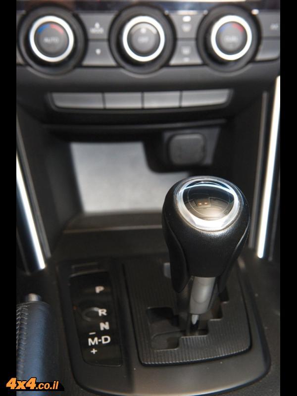 מבחן השוואתי: Mazda CX-5 מזדה מול Ford Kuga פורד מול Toyota Rav4 טויוטה
