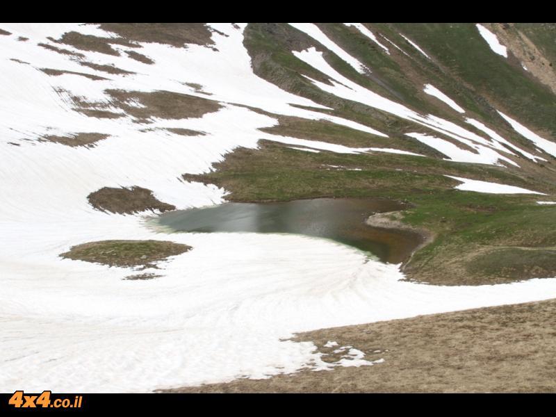 מטפסים ל-2,760 מטרים - בבוץ ובשלג