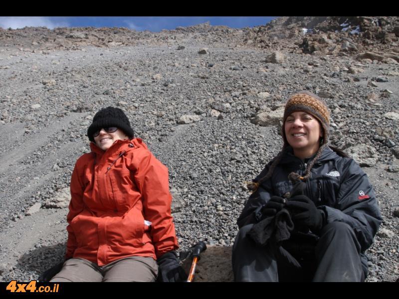 היום הרביעי - מהמערה עד האוכף של גילמן - 5,750 מטרים