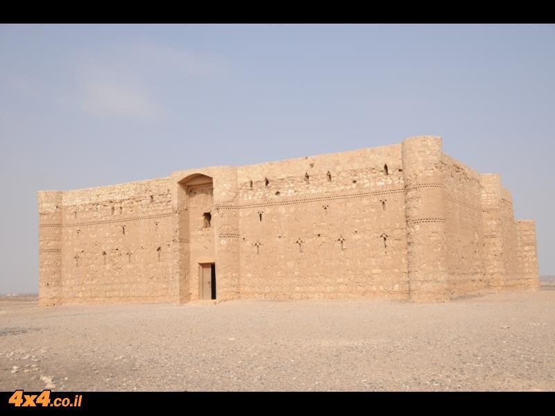 ביום הרביעי: במצודות המדבר