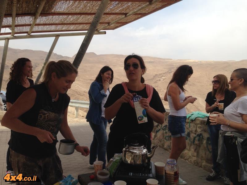 טיול נשים - יומיים מנחל סדום לדרך הבשמים - נובמבר 2013