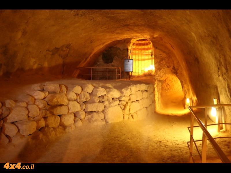 מסלול: פשיטה מהמדבר - אל ההרודיון ומערת חריטון מתוך מדבר יהודה